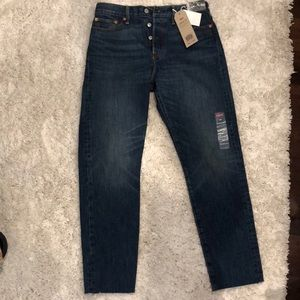 Levi wedgie fit size 29 jeans